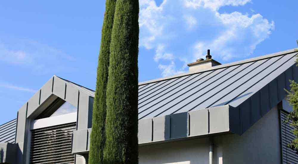 when-can-a-metal-roof-be-painted