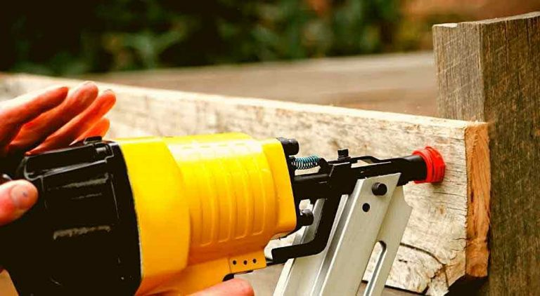 best-nail-gun-for-fencing